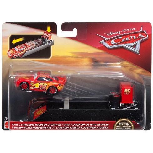 Disney Pixar Cars Cars 3 Lightning Mcqueen Diecast Car And