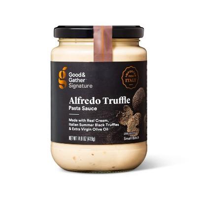 Signature Alfredo Truffle Sauce 14.8oz - Good & Gather™