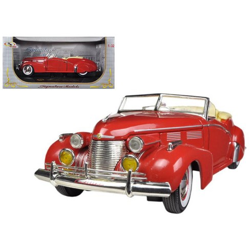 1940 Cadillac Sedan Series 62 Red 1/32 Diecast Car Model by Signature Models - image 1 of 1