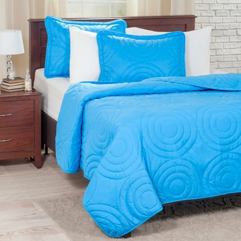 Solid Embossed Quilt Set - Yorkshire Home - image 1 of 4
