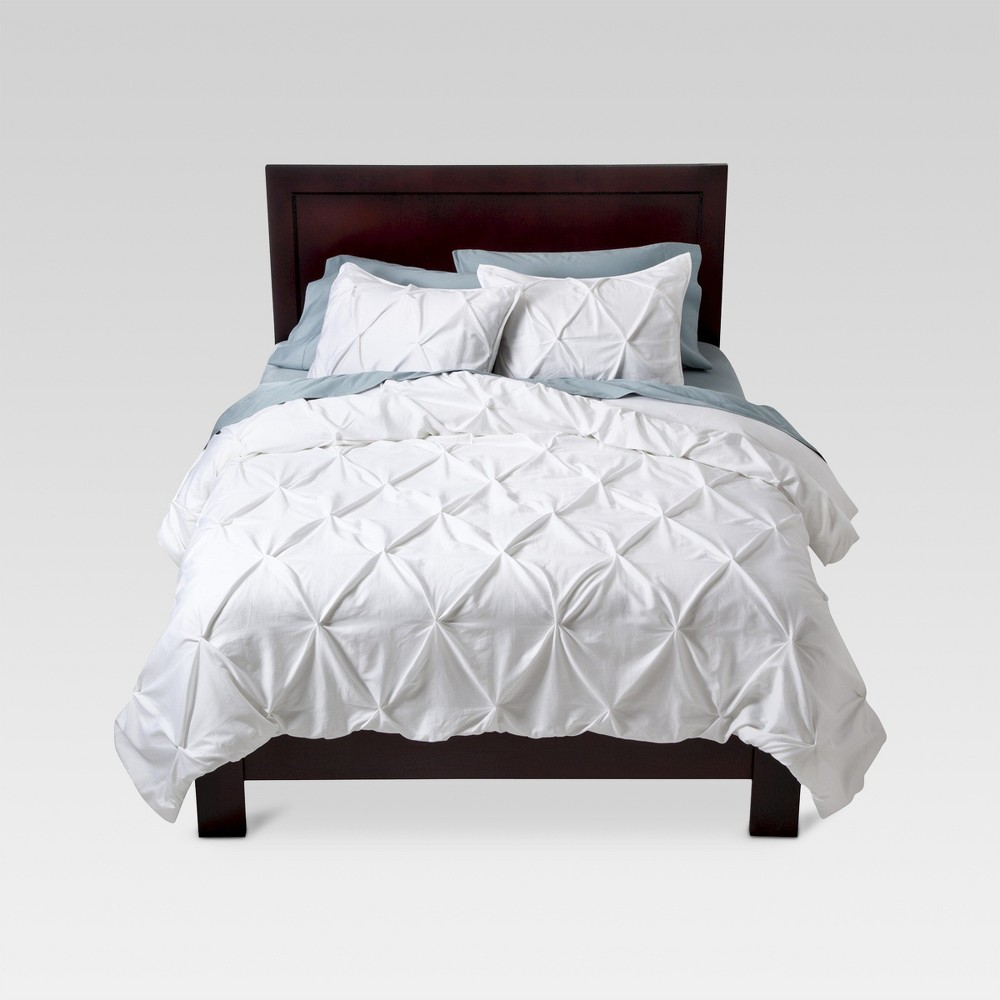White Pinched Pleat Comforter Set (Full/Queen) 3pc - Threshold