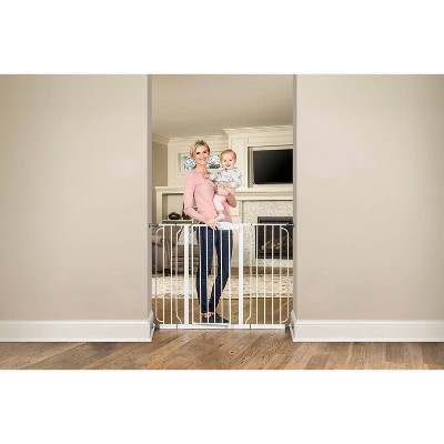 Regalo Extra Tall Wide Span Metal Walk -Through Baby Gate