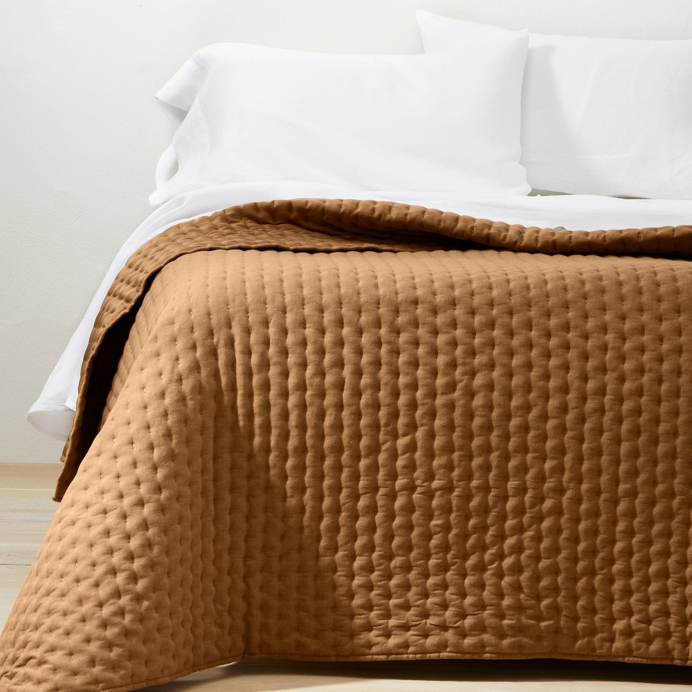 King California Cashmere Blend Quilt Warm Brown Casaluna 8482