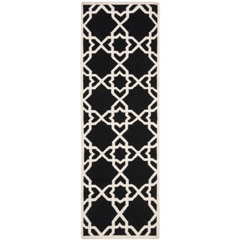 "Tahla Dhurry Rug - Black/Ivory - (2'6""x12') - Safavieh - image 1 of 4"