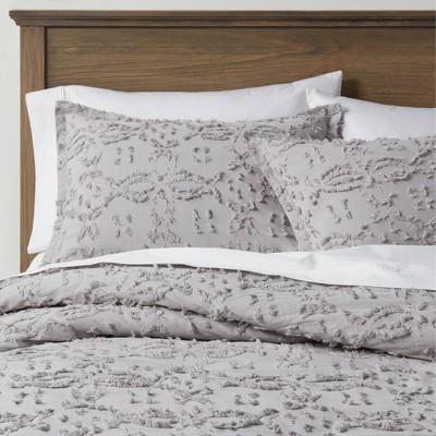 Full/Queen Clipped Chenille Comforter & Sham Set Light Gray - Threshold™