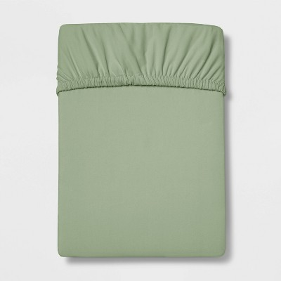 Full 300 Thread Count Ultra Soft Fitted Sheet Green - Threshold™