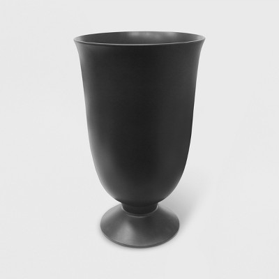 "23"" Recycled Urn Planter - Smith & Hawken™"