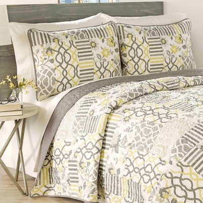 Set in Spring 3 Piece Quilt Set - Traditions by Waverly