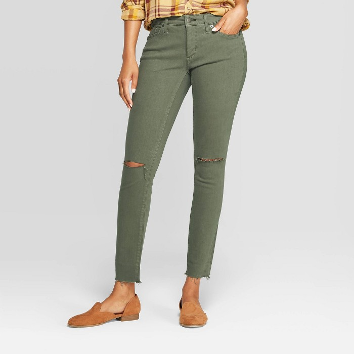 Women's Mid-Rise with Knee Slit Jeggings - Universal Thread™ Olive - image 1 of 6