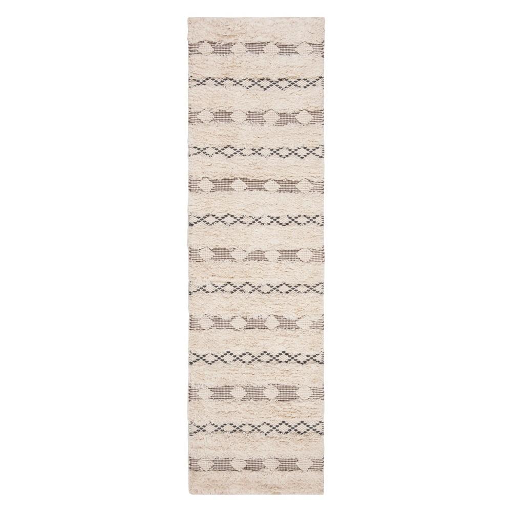 22X8 Geometric Design Woven Runner Ivory/Gray - Safavieh Best