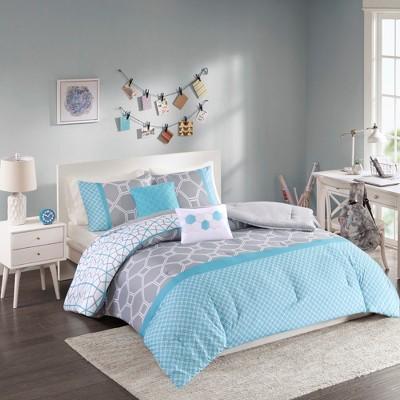 Sarah Comforter Set
