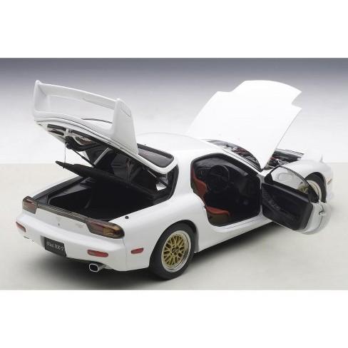 Mazda RX-7 (FD) Tuned Version Pure White 1/18 Diecast Model Car by AutoArt