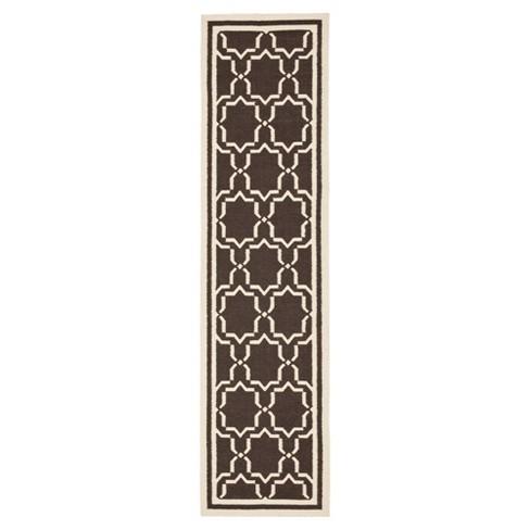 "Casablanca Dhurry Rug - Chocolate/Ivory - (2'6""x8') - Safavieh - image 1 of 2"