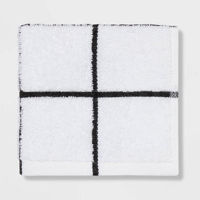 Everyday Grid Washcloth Black/White - Room Essentials™