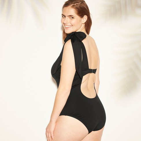 618ce67822947 ... #petitefashion #petitestyle #springfashion #swimsuits #onepieceswimsuit  #swimstyle #bathingsuitshopping #bodypositivemovement #girlwithcurves