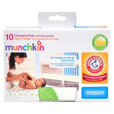 Munchkin Arm & Hammer 10pk Disposable Changing Pads, White
