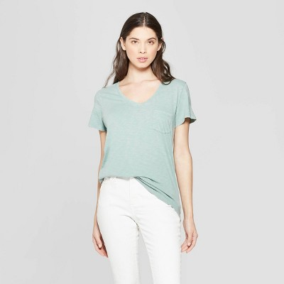 5db15ff0 Women's Monterey Pocket V-Neck Short Sleeve T-Shirt - Universal Thread™ :  Target