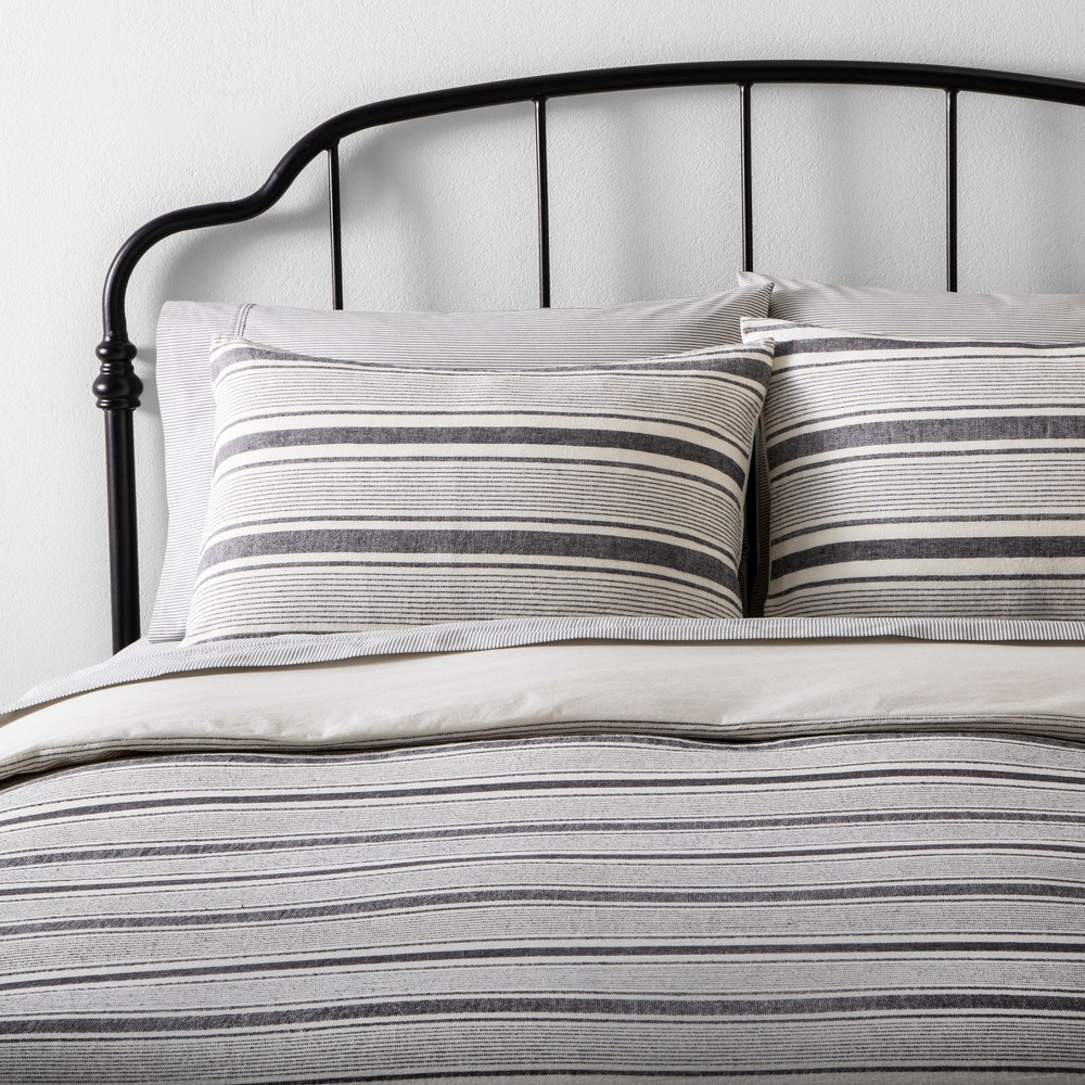 Twin Duvet Cover Set Linen Blend Yarn Dye Stripe Black / Sour Cream (Black/Sour Cream) - Hearth & Hand with Magnolia
