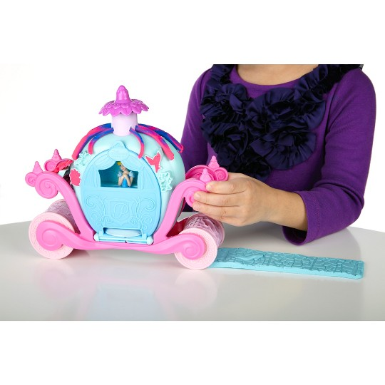 Play-Doh Magical Carriage Featuring Disney Princess Cinderella image number null