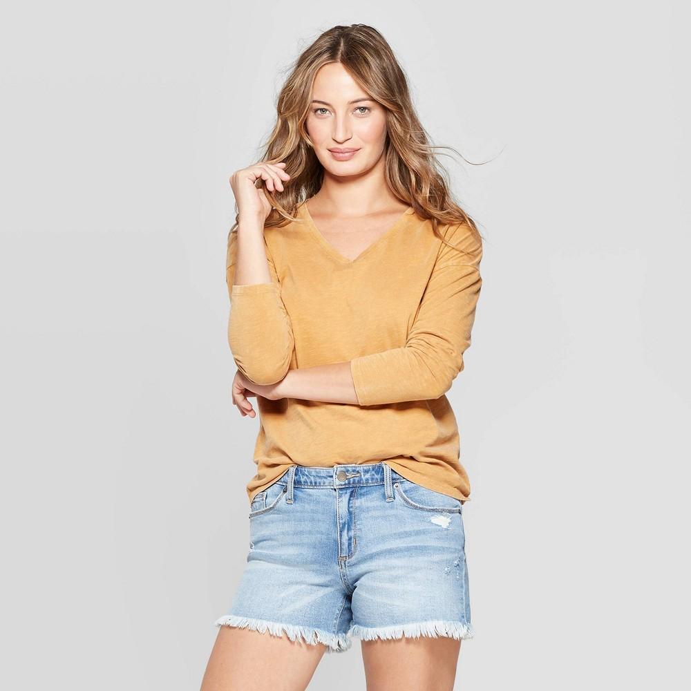 Women's Long Sleeve V-Neck Drop Shoulder T-Shirt - Universal Thread Gold L