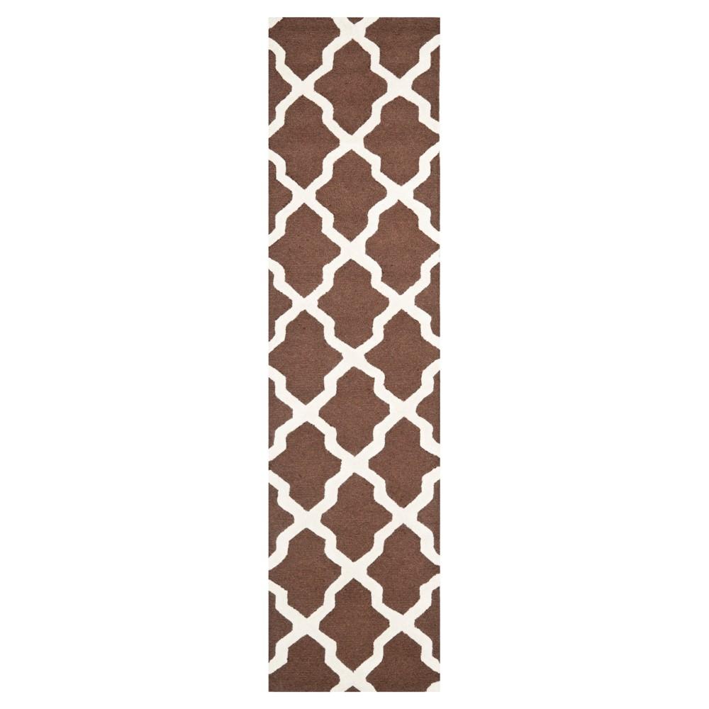 2'6X6' Geometric Runner Dark Brown/Ivory - Safavieh