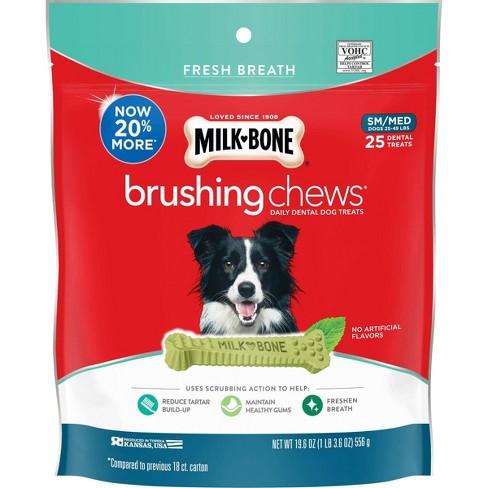 Milk-Bone Brushing Chews Daily Dental Dog Treats, Fresh Breath, Small/Medium 19.6 oz/25 bones - image 1 of 4