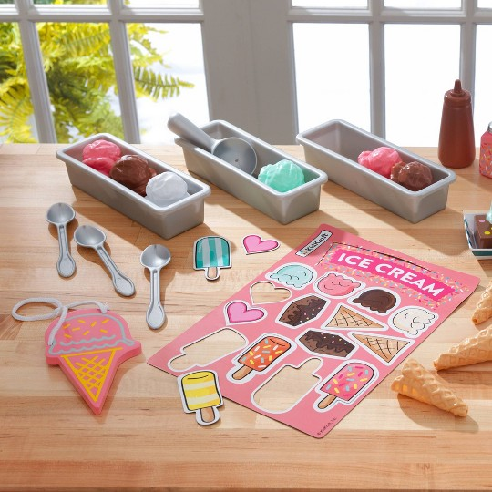 KidKraft Ice Cream Shop Play Pack image number null