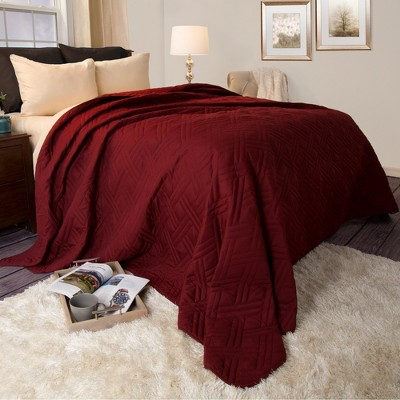 Burgundy Solid Color Bed Quilt (King)- Yorkshire Home®
