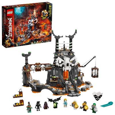 LEGO NINJAGO Skull Sorcerer's Dungeons; Dungeon Playset Building Kit 71722