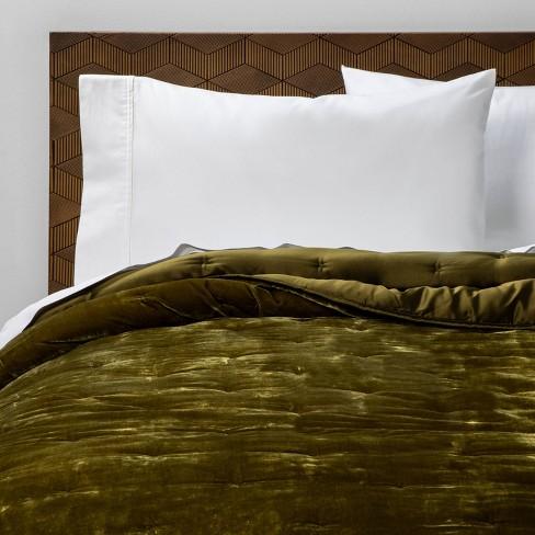 Full Queen Velvet Tufted Stitch Quilt, Moss Green Velvet Bedding