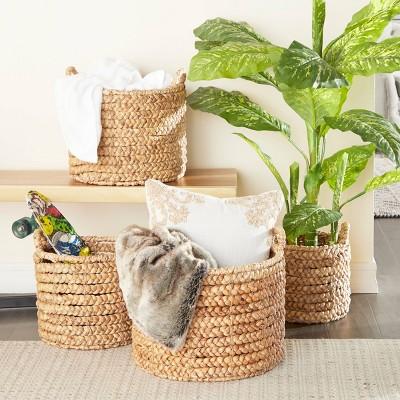 "Olivia & May 17""x15""x13""x11"" Set of 4 Large Round Water Hyacinth Wicker Storage Baskets Natural"