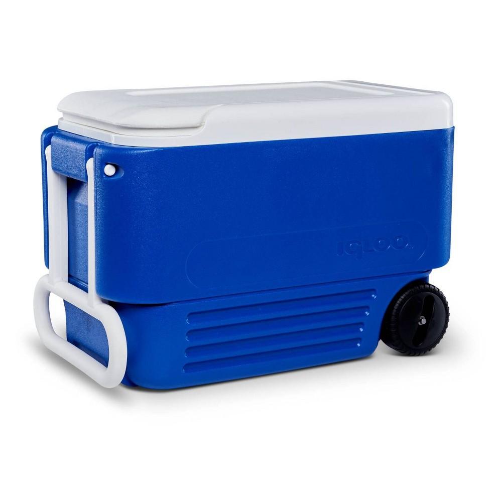 Image of Igloo 38qt Wheelie Cooler - Majestic Blue
