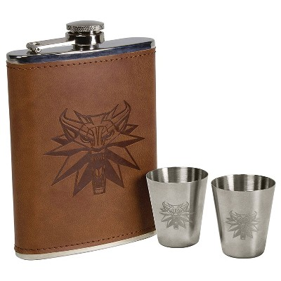 Dark Horse Comics 8 Ounce Faux Leather Witcher Deluxe Flask Set Replica Collectible Collector with 2 Shot Glasses