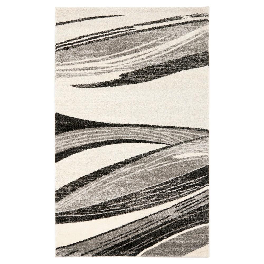 Hayley Area Rug - Light Gray / Ivory ( 6' X 9' ) - Safavieh