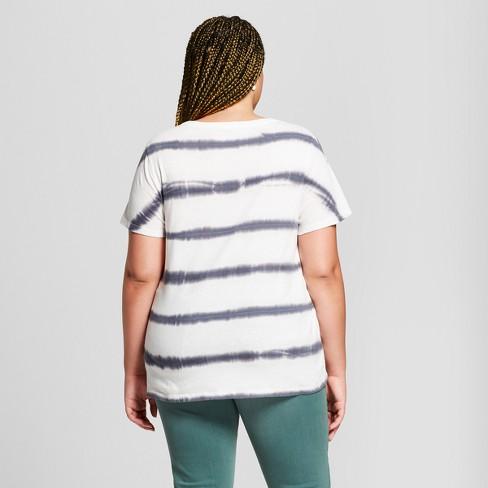 20b8eef7d72 Women s Plus Size Striped Monterey Pocket V-Neck Short Sleeve T-Shirt - Universal  Thread™ White 2X   Target
