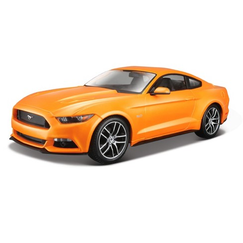 Maisto 2015 Ford Mustang 1:18 - image 1 of 1