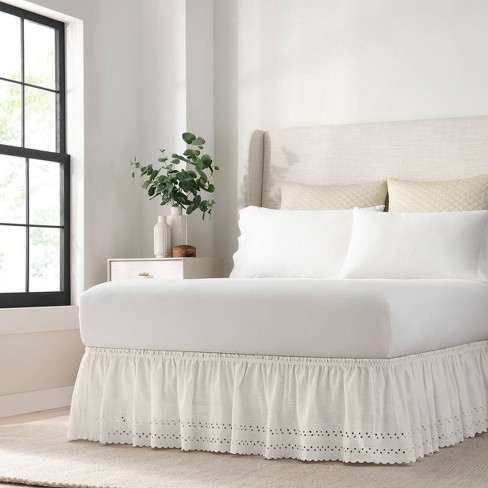 White Wrap Around Eyelet Ruffled Bed, Wrap Around Bed Skirt Queen Size