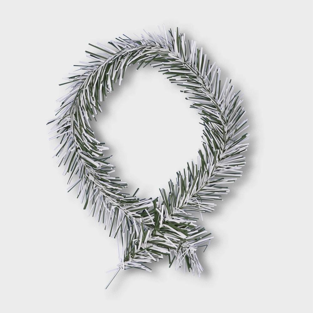 """Image of """"18""""""""/20ct Noble Pine Flocked Wreath Holder - GarlandTies"""""""