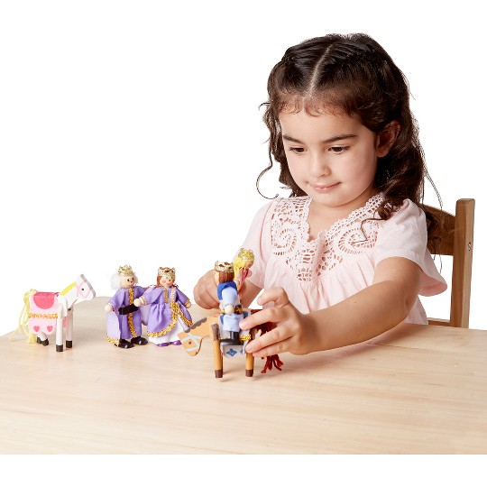 Melissa & Doug Royal Family Wooden Doll Set - 6pc image number null