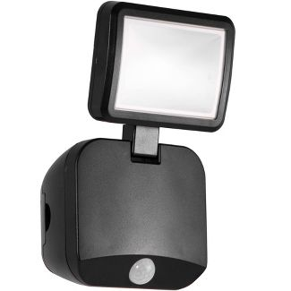 Energizer 250 Lumens Outdoor LED Motion Sensing Single Head Security Outdoor Wall Light Black