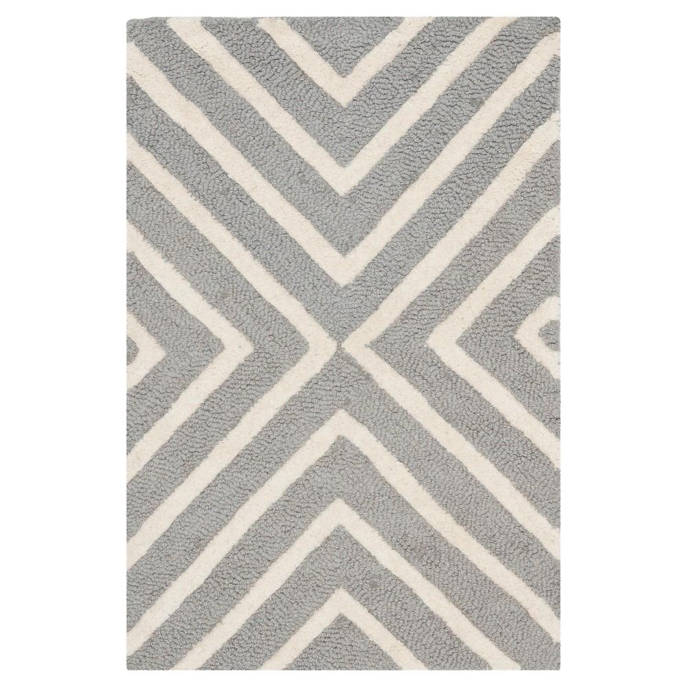 2'X3' Geometric Accent Rug Silver/Ivory - Safavieh
