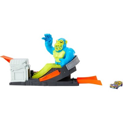 Hot Wheels City vs Toxic Creatures Ape Attack Playset