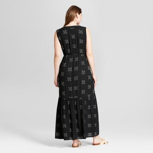 16b91b22916 Women s Floral Print Plus Size Maxi Dress - Universal Thread™ Black ...