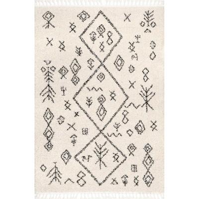 nuLOOM Kayla Moroccan Abstract Tassel Area Rug