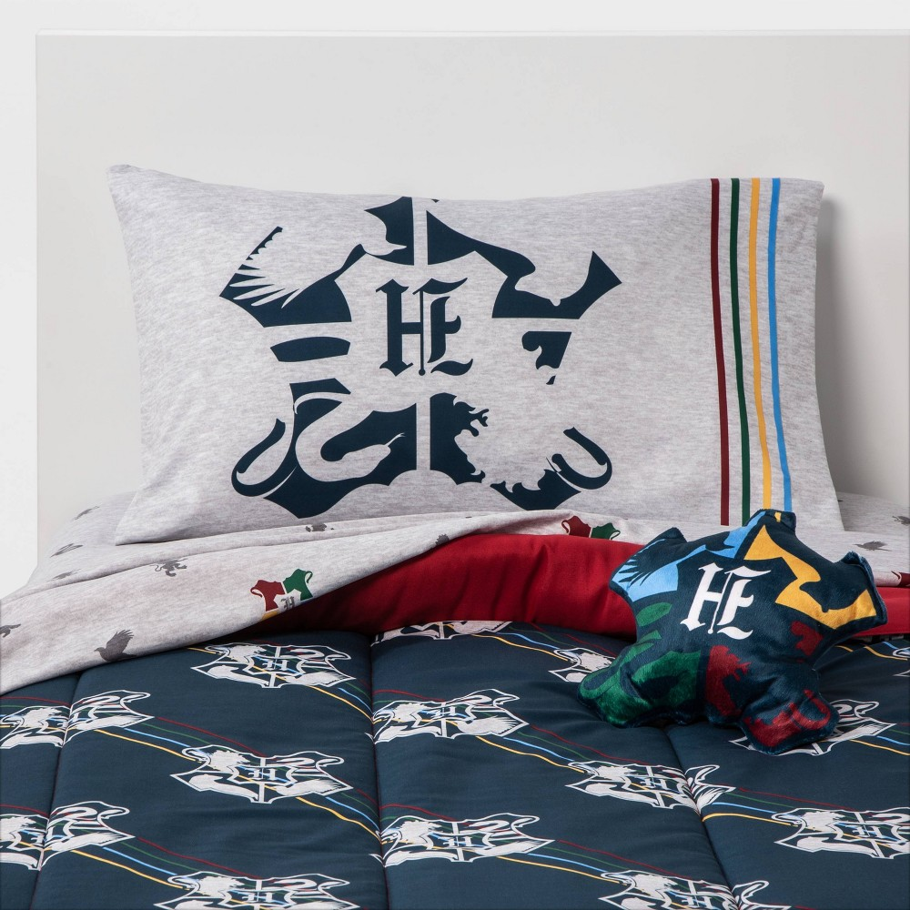 Image of Harry Potter Dormitory Twin Bed in a Bag