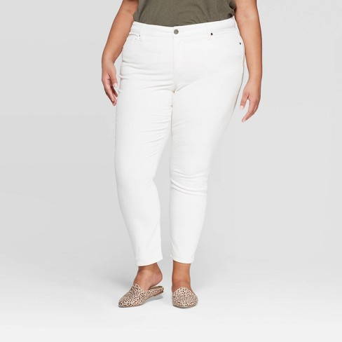 Women's Plus Size Mid-Rise Skinny Jeans - Universal Thread™ Cream - image 1 of 4
