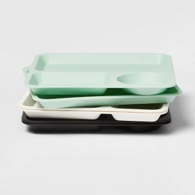 "10"" 6pk Plastic Kids' Divided Plates - Pillowfort™"