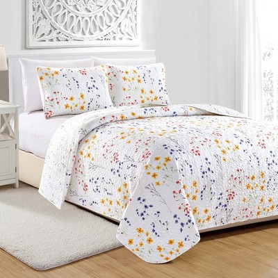 Great Bay Home Marianne Floral Printed Quilt Set