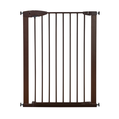 Munchkin® Easy Close Tall & Wide Metal Baby Gate - image 1 of 7