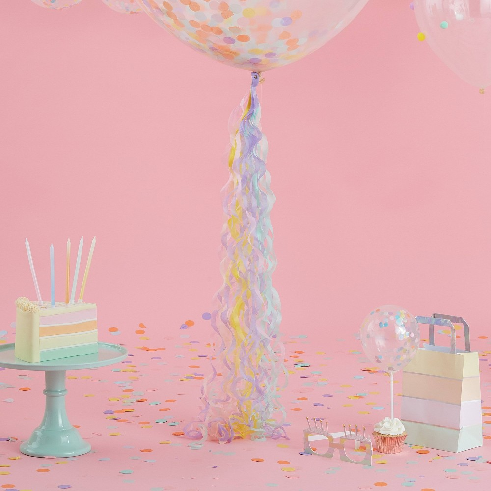 Image of Pastel Curly Tail Balloon Accessories